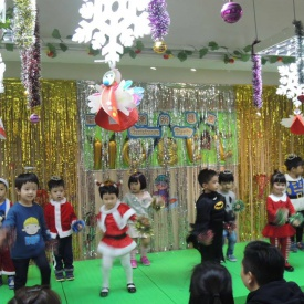 23-12-2016 Christmas Party  (6).jpg