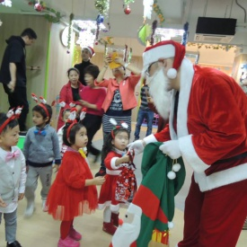23-12-2016 Christmas Party  (14).jpg